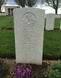 The grave of Lieutenant LP Long, Cabaret-Rouge British Cemetery